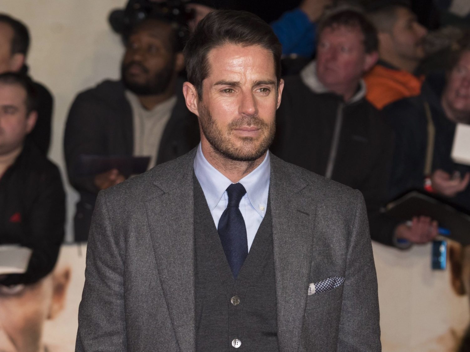 Jamie Redknapp gives fans a peek into his bachelor pad
