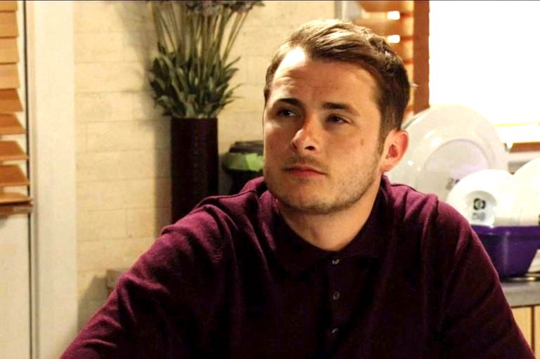Does Ben's hearing come back in EastEnders?