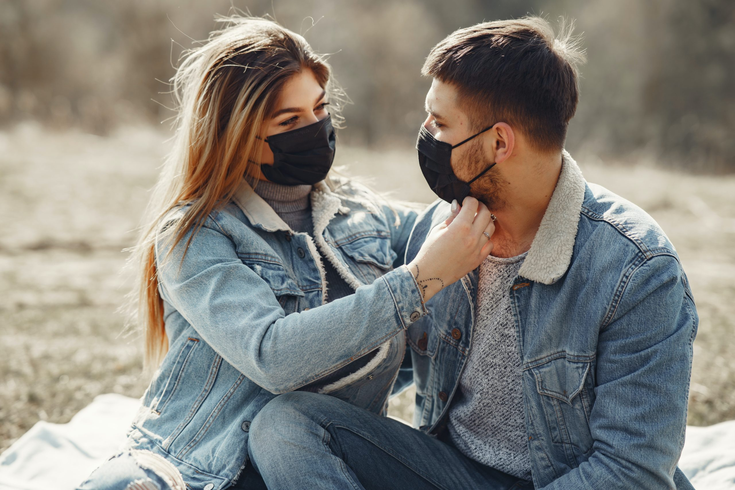 Coronavirus: couples should wear face masks during sex to prevent infection