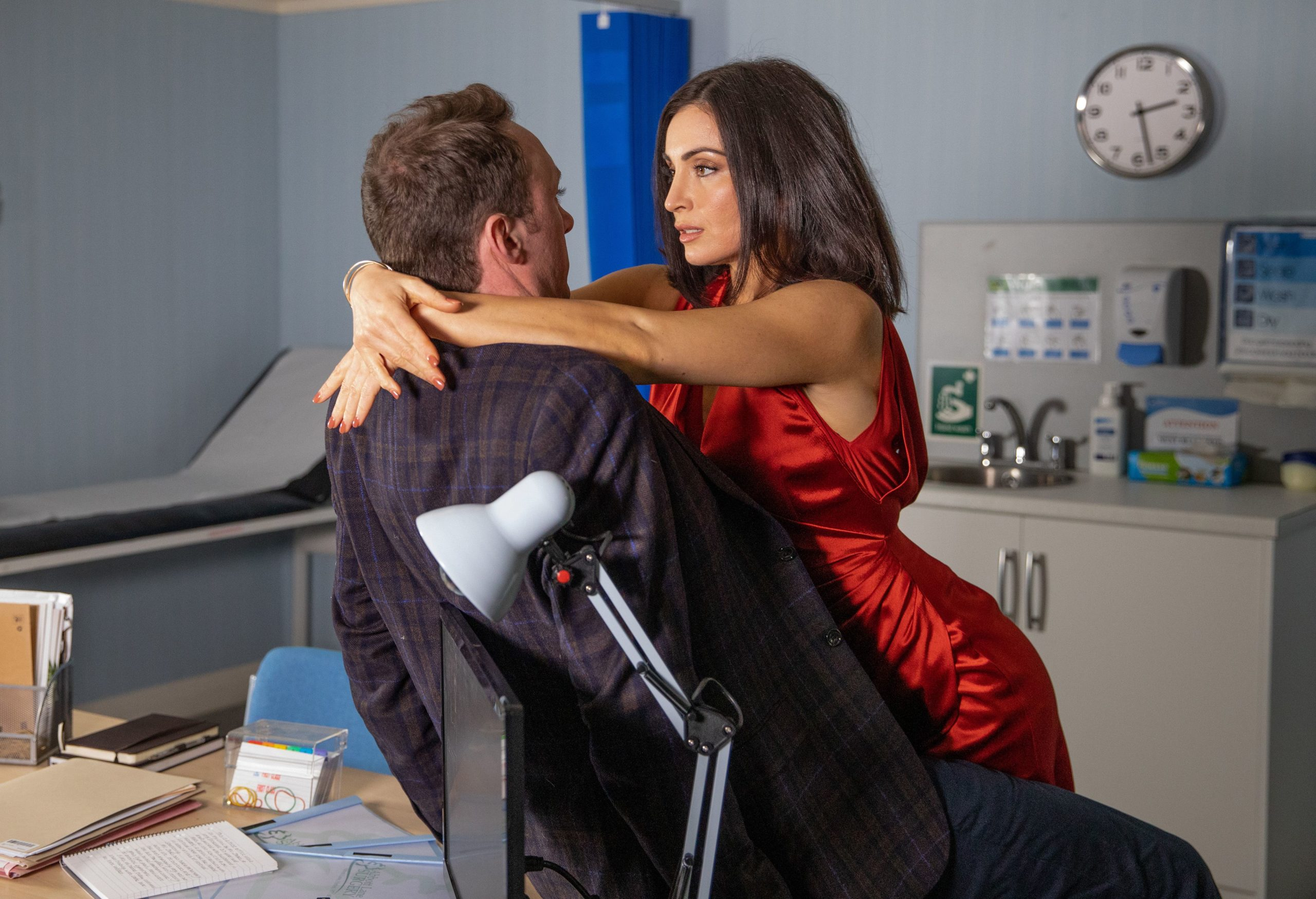 Emmerdale SPOILERS: Leanna apologises to Leyla