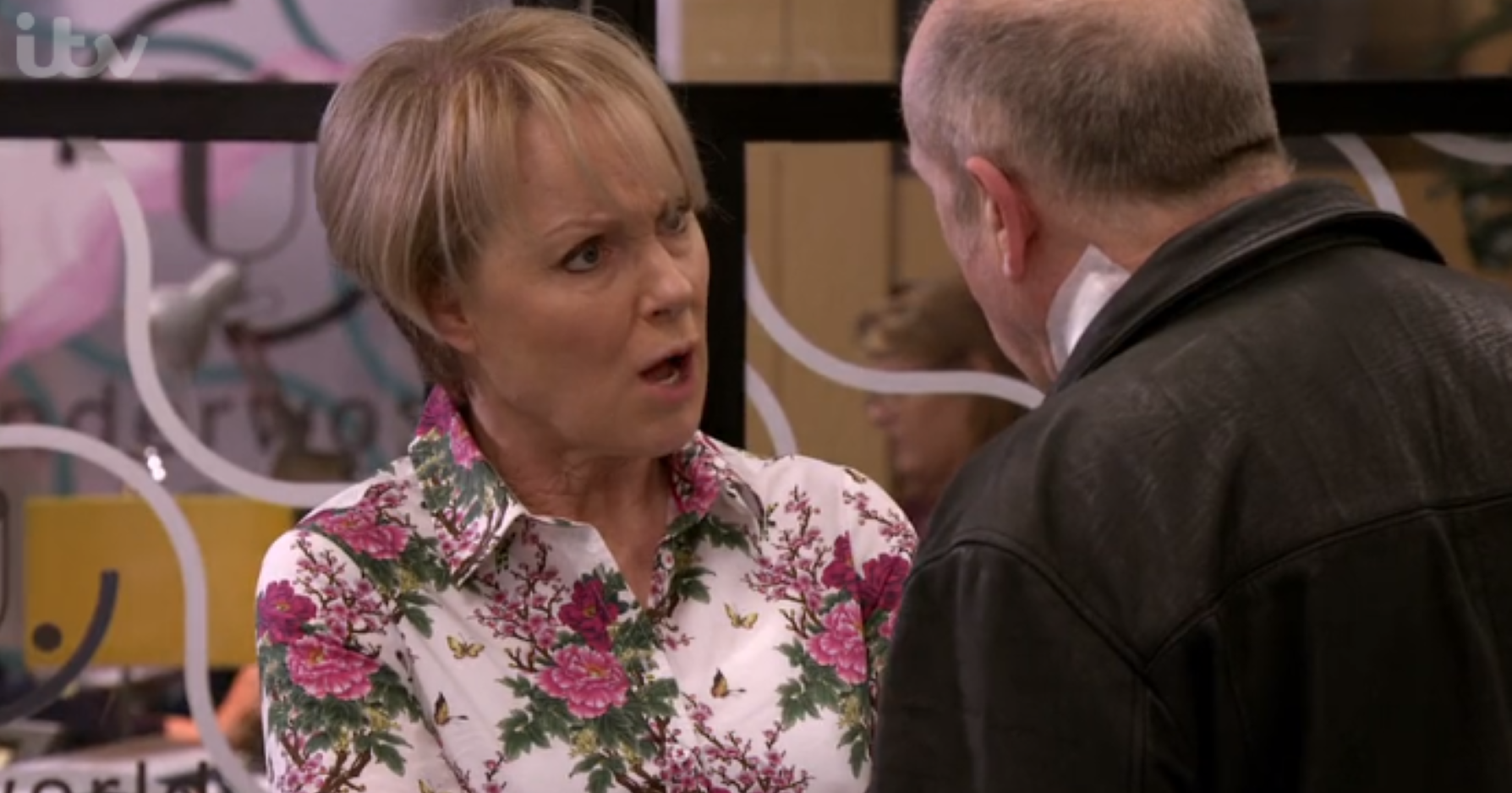Coronation Street fans furious as Geoff tries to manipulate Sally