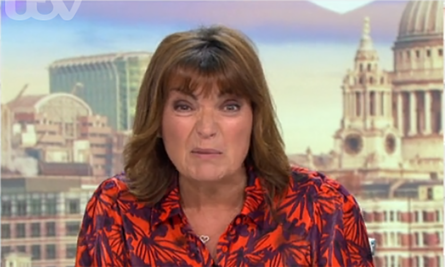 Lorraine Kelly mocks shoppers queuing outside stores for hours as they reopen
