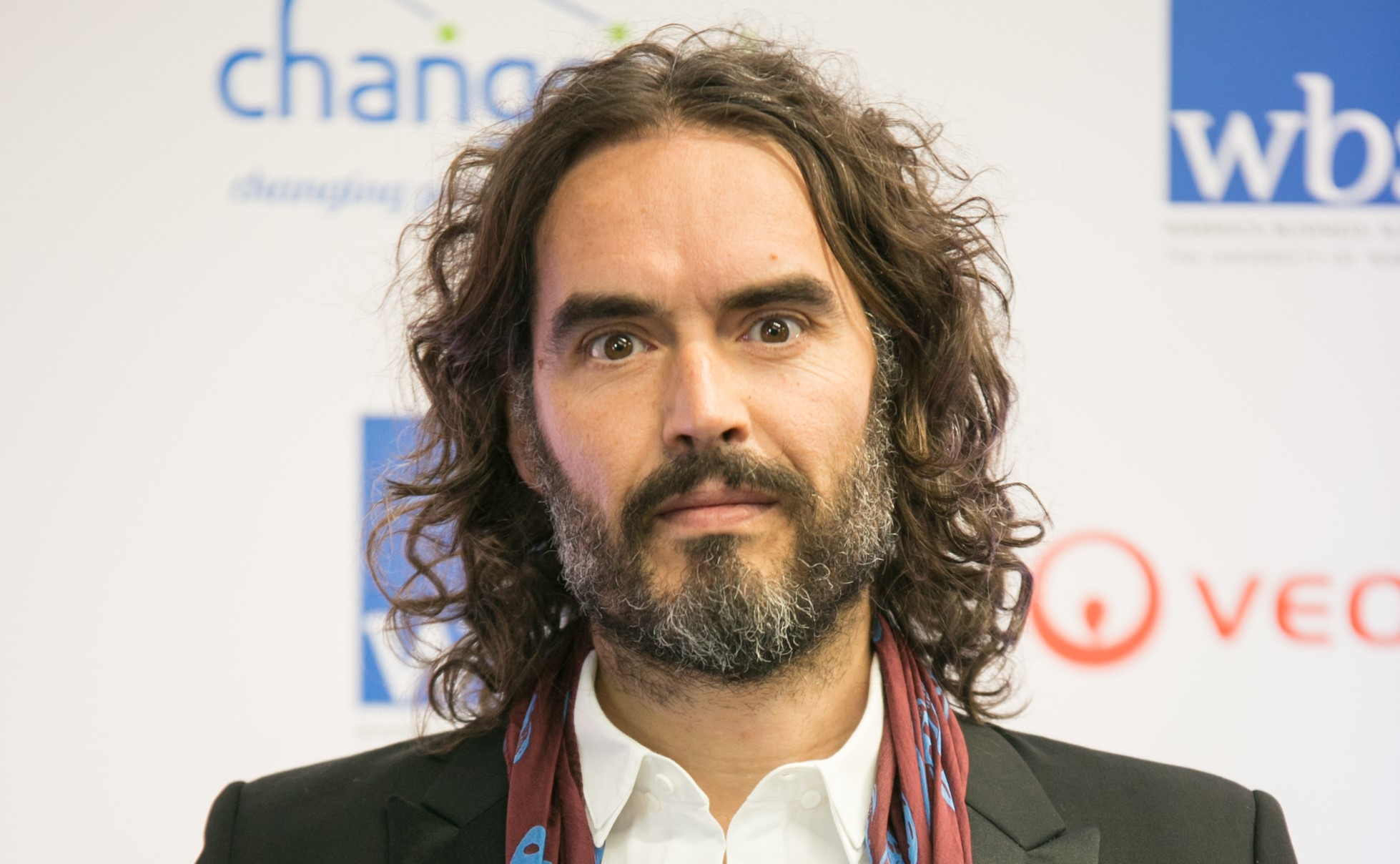 Russell Brand makes guest appearance on Neighbours