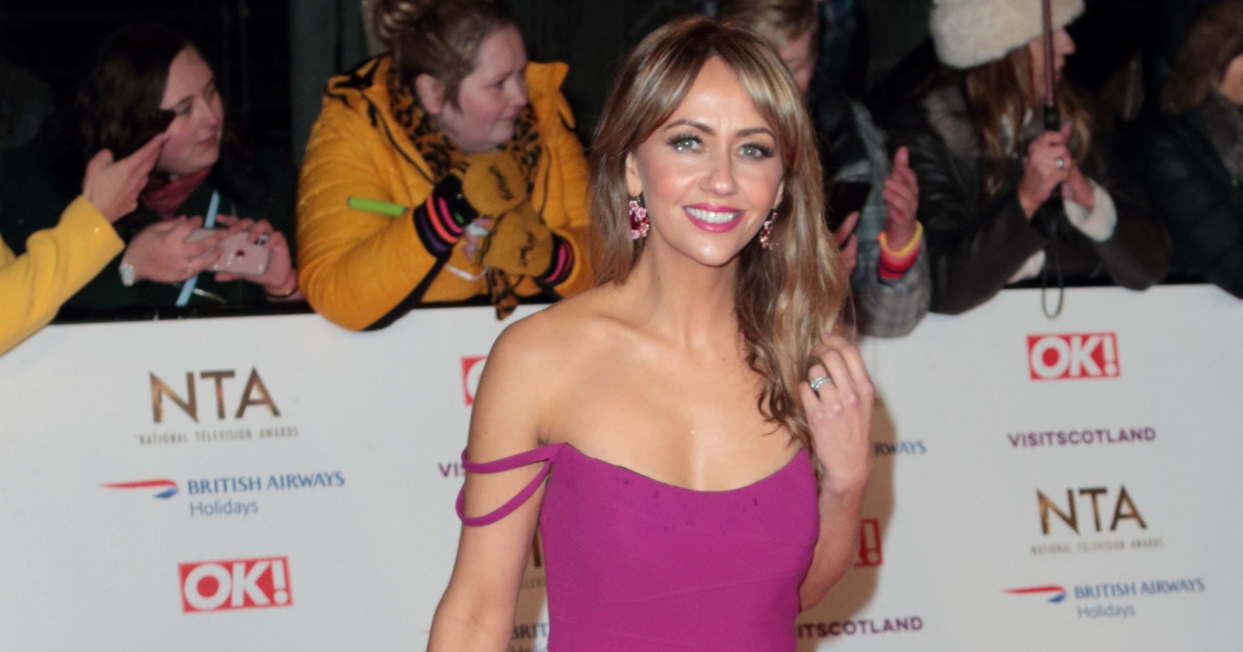 Samia Longchambon posts snap of first day back at Coronation Street as she does her own hair and make-up