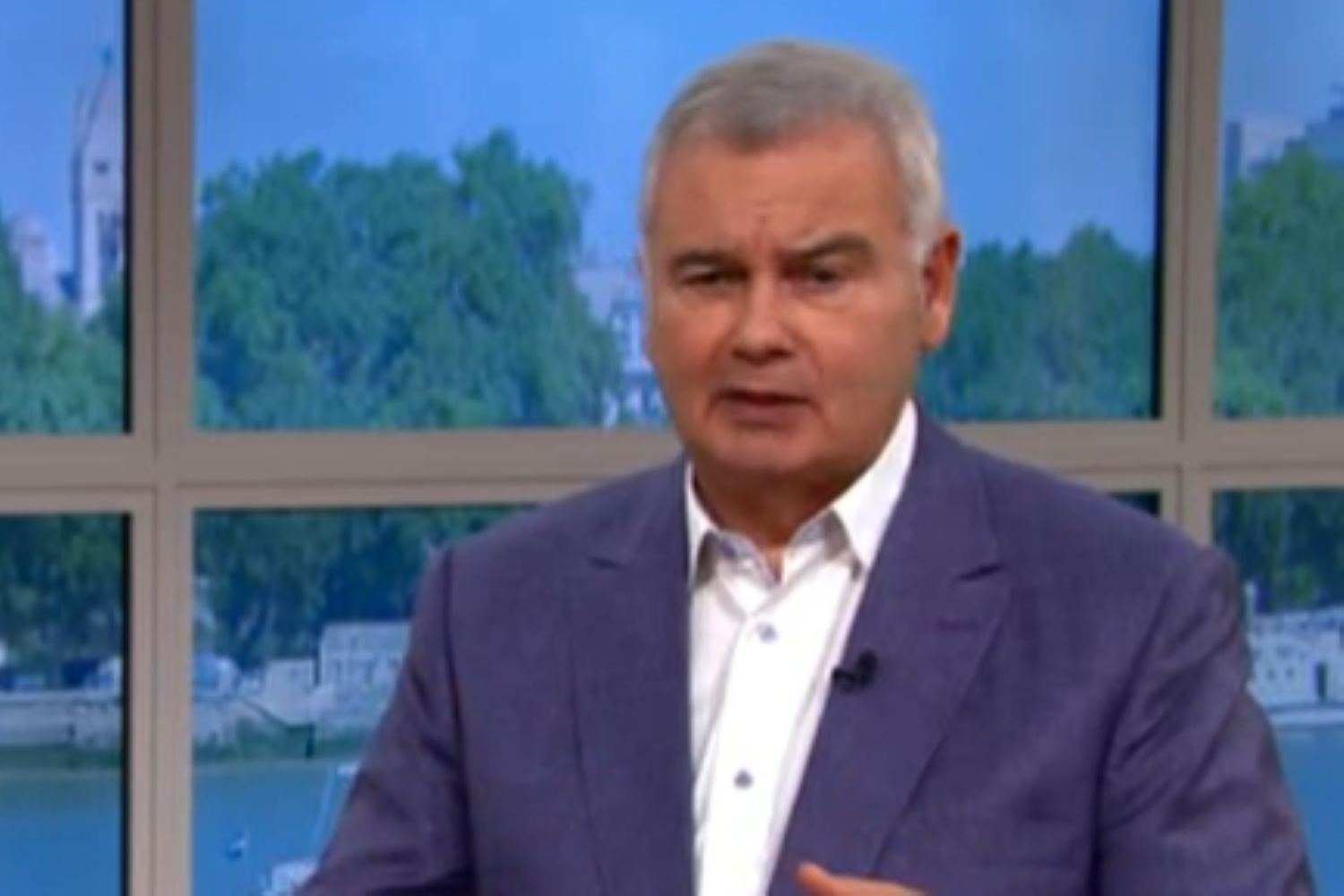 This Morning viewers baffled by Eamonn Holmes' trainers