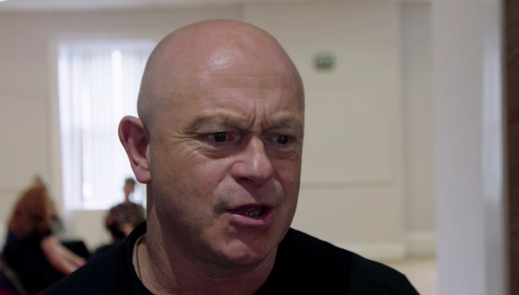 ross kemp living with