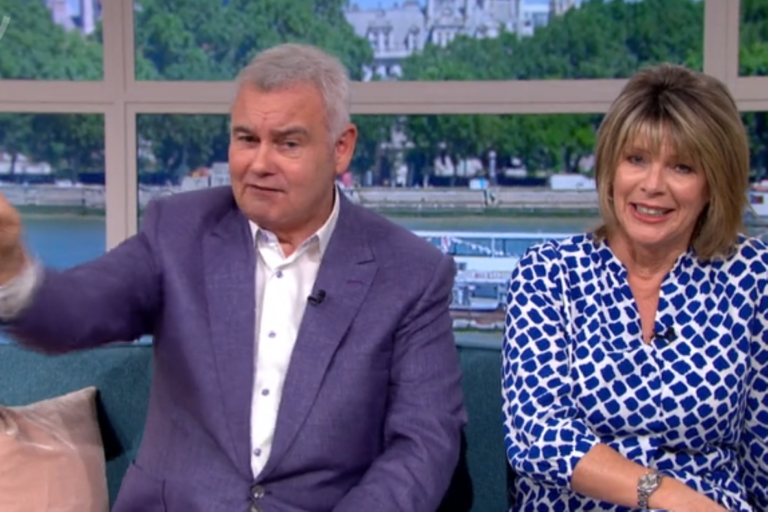 Eamonn Holmes begs viewers for support as he and Ruth bicker over flies on This Morning