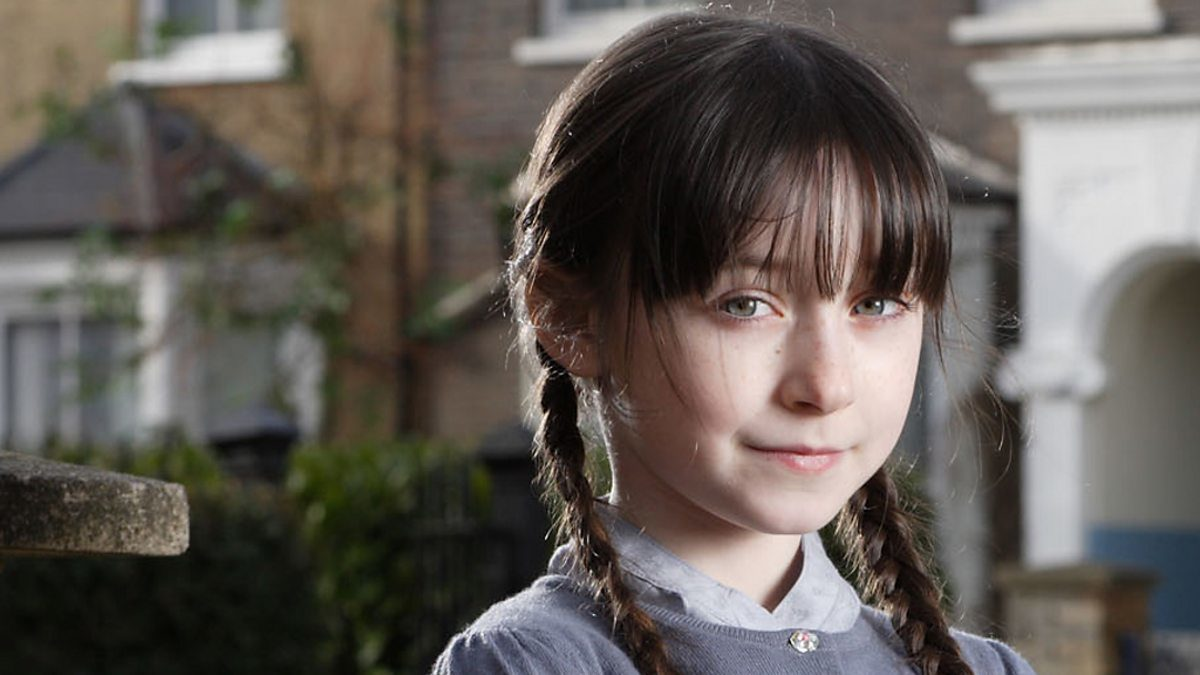 EastEnders' former Dotty Cotton actress Molly Conlin robbed at knifepoint