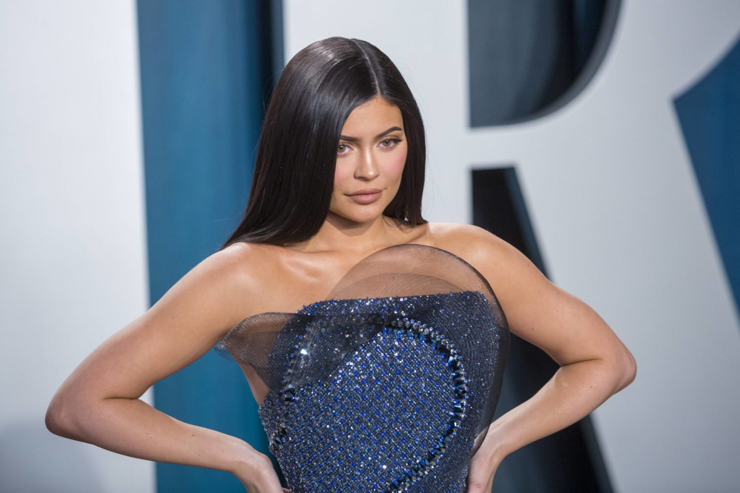 """Kylie Jenner shares bikini pic and declares it is """"time to start cutting off these quarantine pounds"""""""