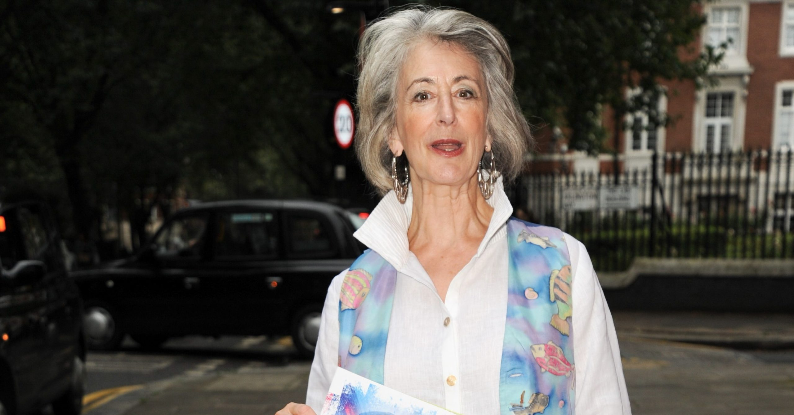 Coronation Street star Maureen Lipman bought car to deal with husband's death