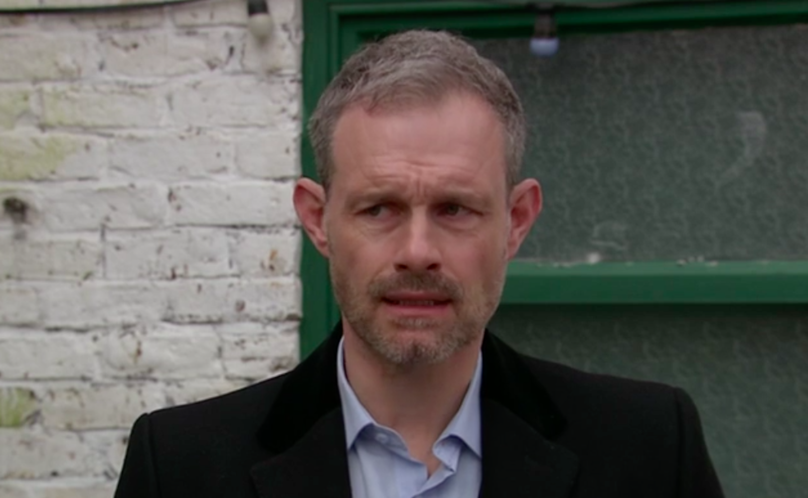 coronation street's nick tilsley breaks down