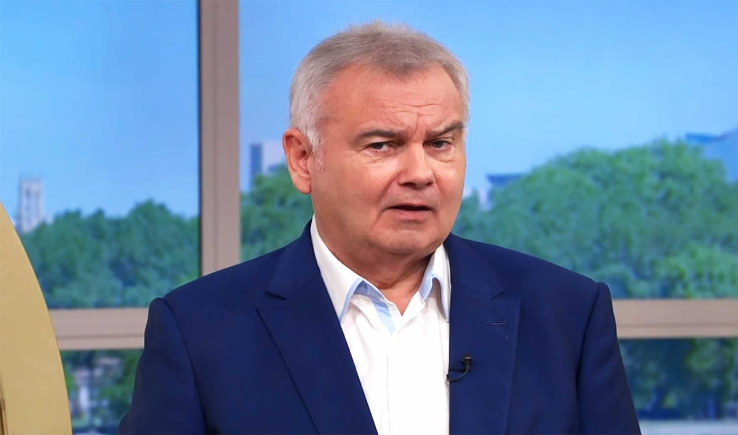 This Morning fans stunned as Eamonn Holmes asks caller to 'send a shower picture'