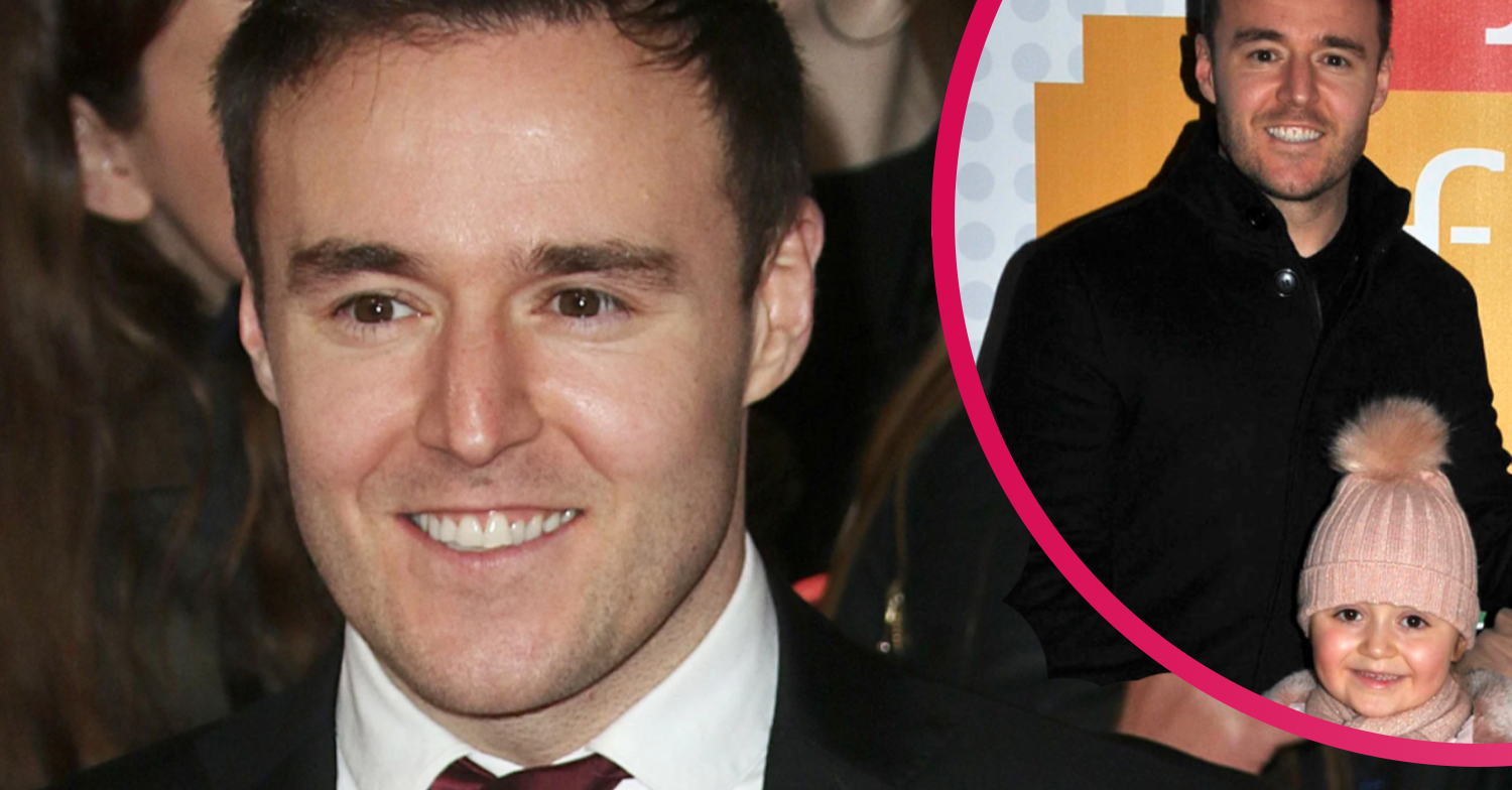 Coronation Street's Alan Halsall unveils home cinema as he enjoys movie night with daughter