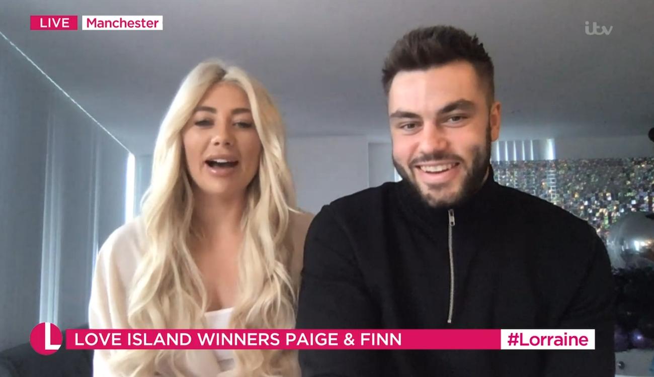 Paige and Finn Love Island