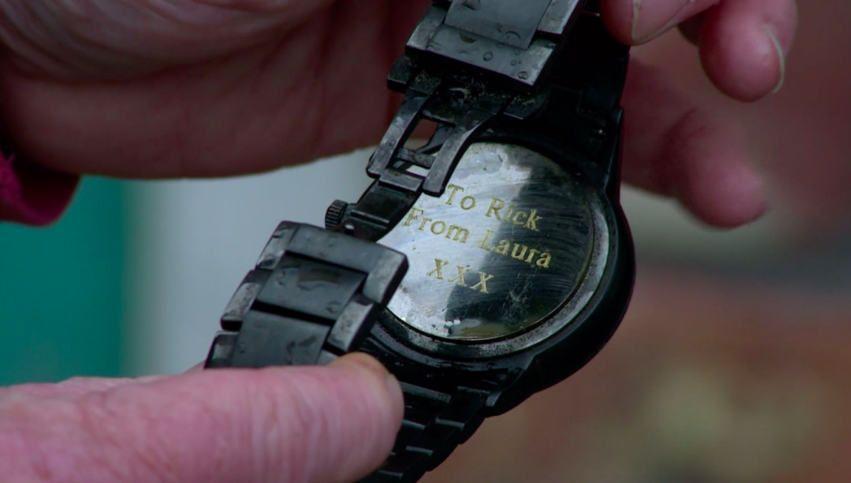 coronation street bernie finds rick's watch