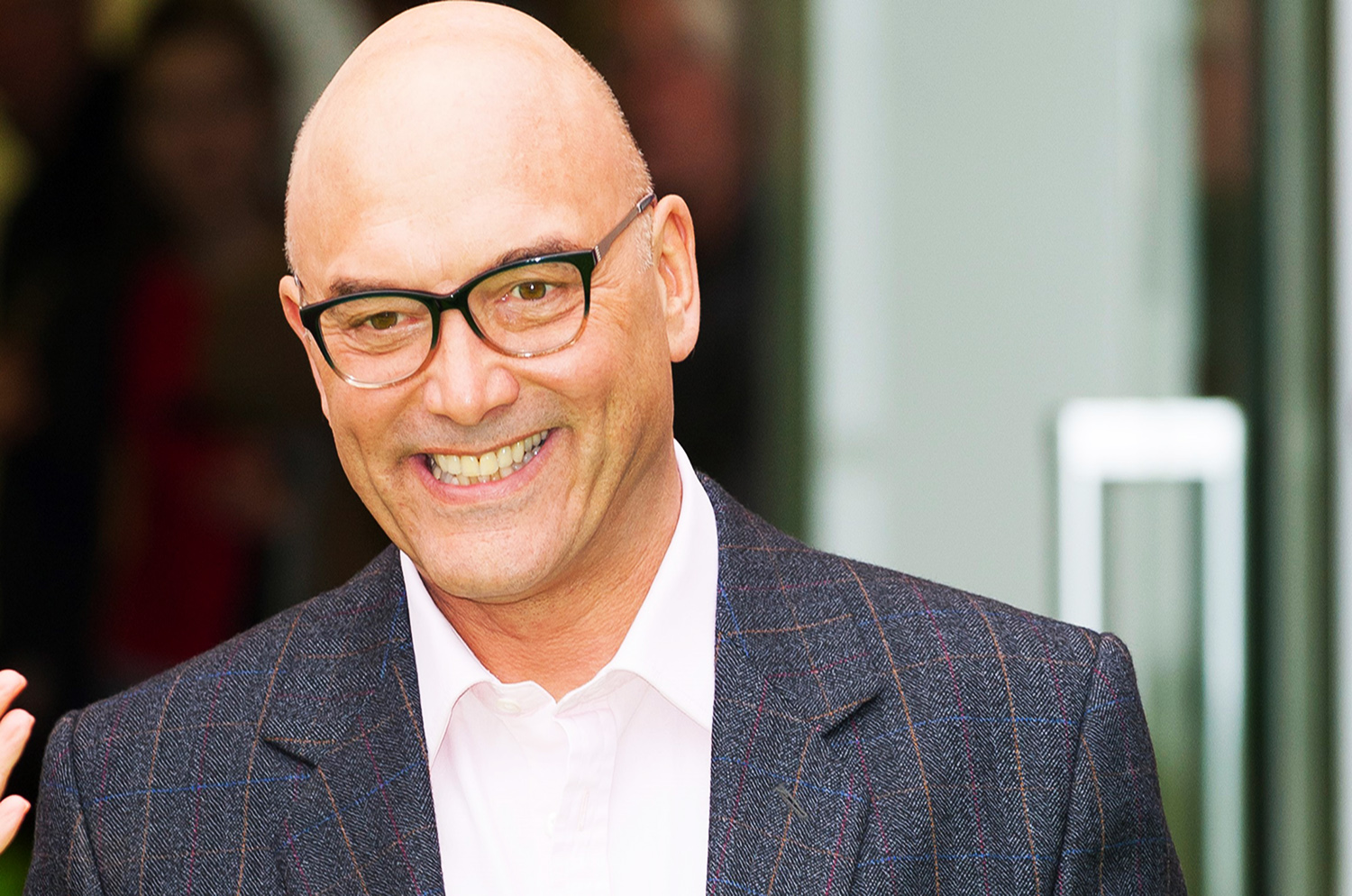 Gregg Wallace shows off weight loss with impressive arm session at the gym