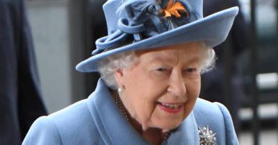 the queen blue suit