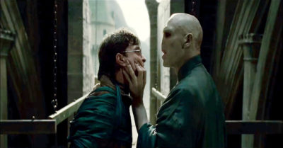 Harry Potter and Voldermort face off (Credit: Warner Bros.)