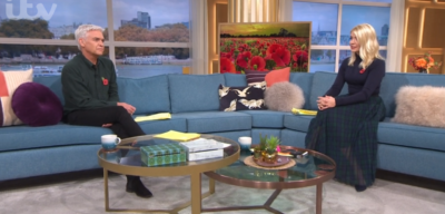 Phillip Schofield and Holly Willoughby hold two minute silence on This Morning