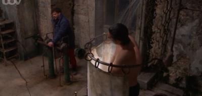 Vernon Kay has shower on I'm A Celeb