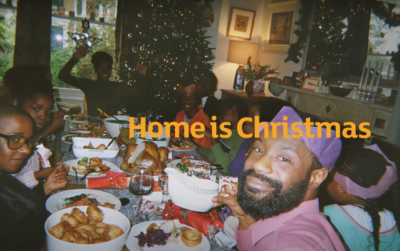 family in the sainsbury's christmas ad eating christmas dinner