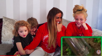 katie price and her children watch i'm a celebrity