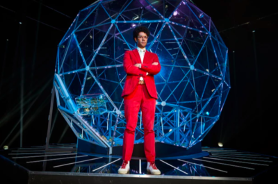 Richard Ayoade hosts The Crystal Maze