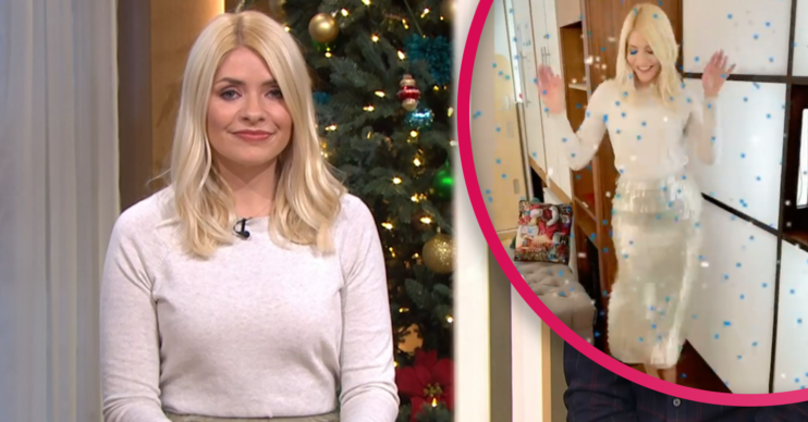 holly Willoughby sequin skirt