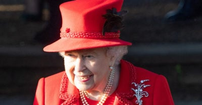 the queen christmas traditions