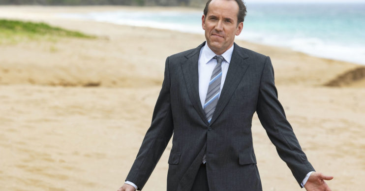 Fans wDeath In Paradise: Viewers go wild for teaser trailer featuring DI RIchard Pooleent wild after seeing a Death In Paradise traile featuring richard poole