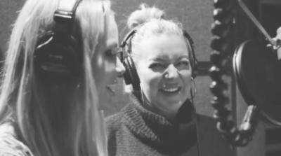 Amanda Holden and Sheridan Smith sing together