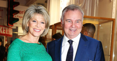 eamonn and ruth at a hello party