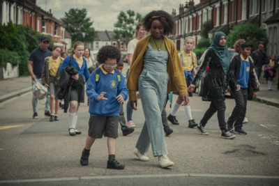 Behind Her Eyes stars Simona Brown as single mum and divorcee Louise (Credit: Netflix)
