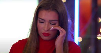 Zara McDermott tears up on Love Island