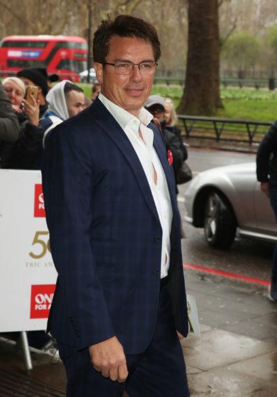 Actor John Barrowman has issued an apology for his behaviour