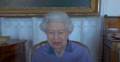 Queen may never see Archie again, an expert claims