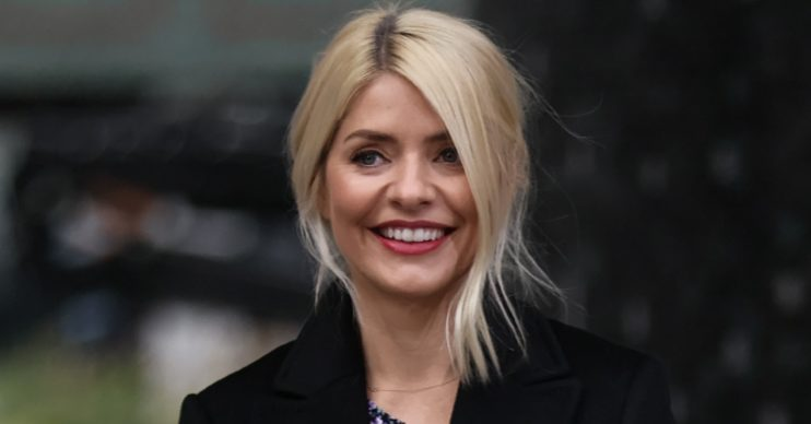 holly willoughby marks sister's birthday