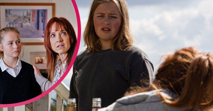 Who plays Sandra's mum Liv in Emmerdale?