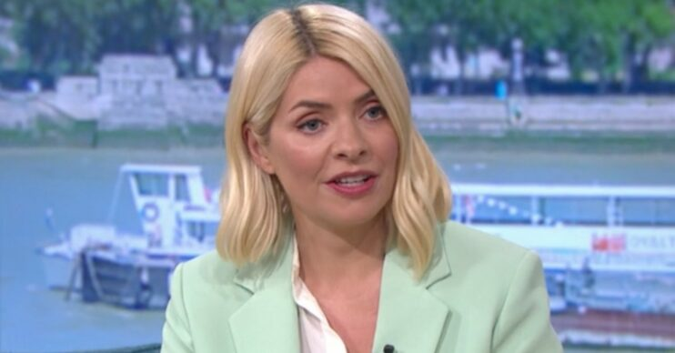 Holly Willoughby oufit