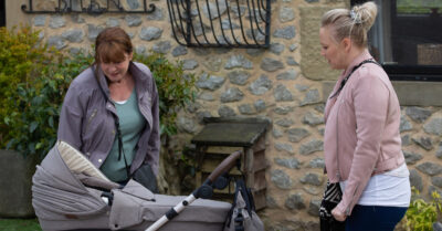 emmerdale tracy metcalfe lies to midwife wendy