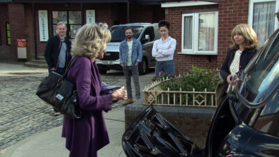 Coronation Street spoilers - Gail leaves for Thailand