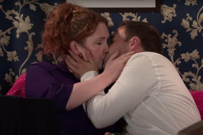 Coronation Street Fiz Stape and Tyrone Dobbs kiss