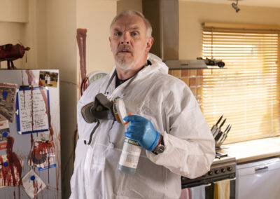 Greg Davies in The Cleaner - how tall is he?