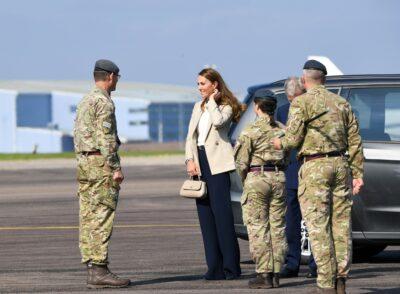 duchess of cambridge visits RAF Brize Norton