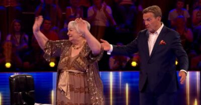 Bradley Walsh was surprised when Robyn stood up