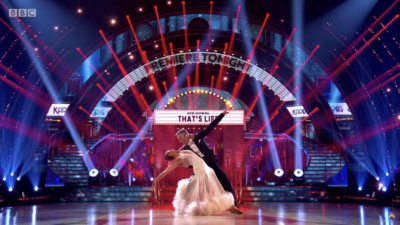 Greg Wise dances on Strictly Come Dancing week 1