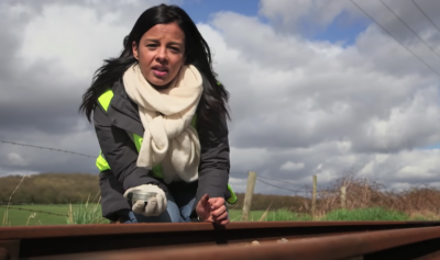 Liz Bonnin co-presented Bang Goes The Theory with Jeremy Stansfield